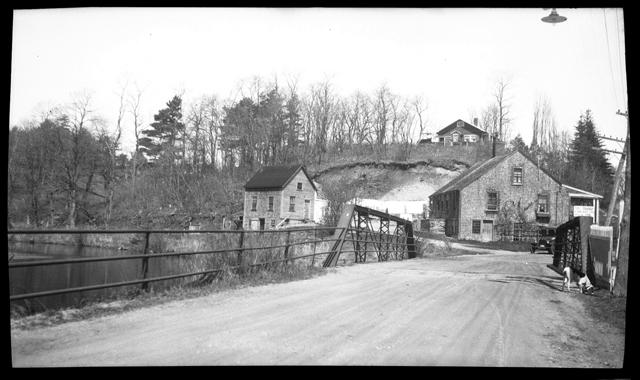 Elm Street Bridge, looking north, circa 1920