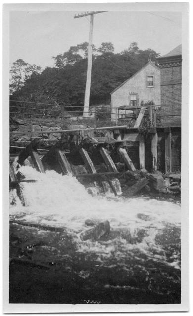 The Elm Street dam and bridge over the Jones River, before 1920