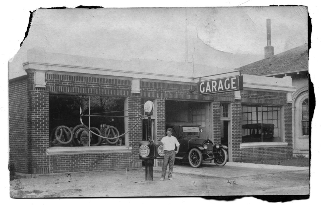 Garage, 66-68 Summer Street, circa 1925